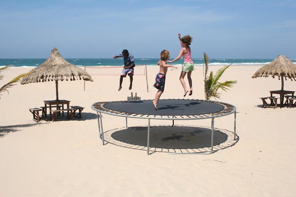 Jouer au trampoline en toute sécurité !