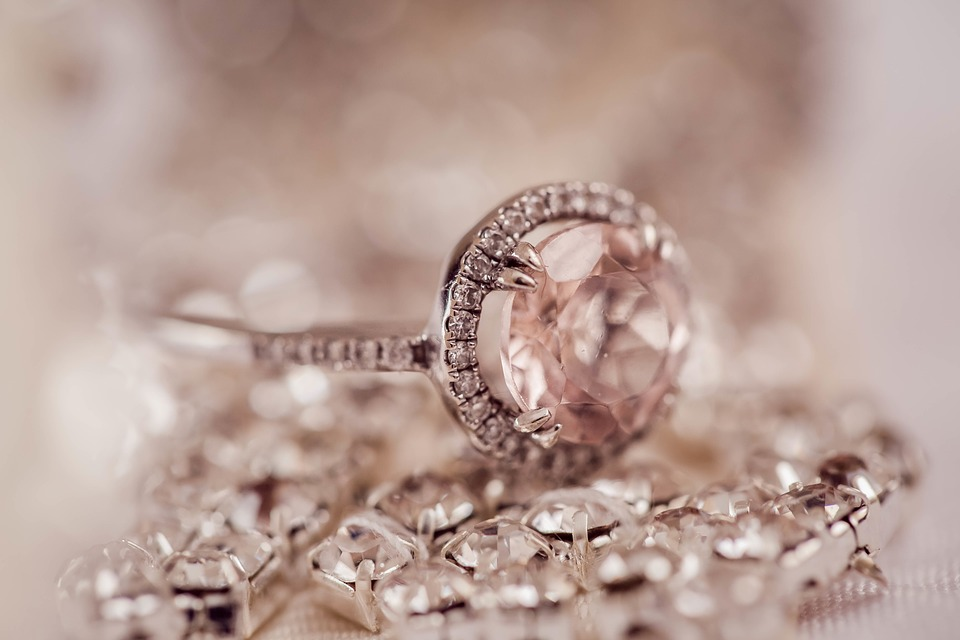 Apprendre à faire la différence entre Des bijoux pour homme ou pour femme