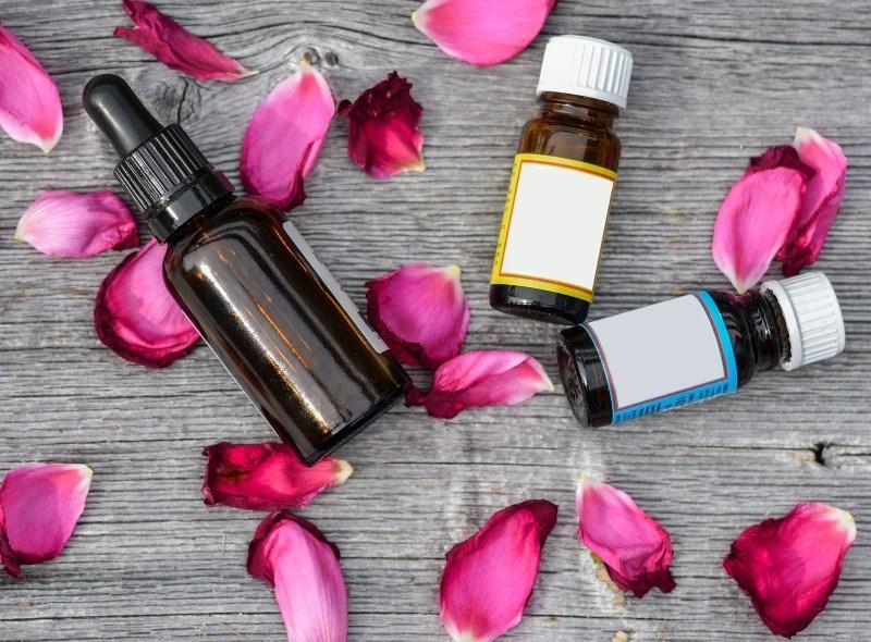 10 bienfaits des huiles essentielles bio