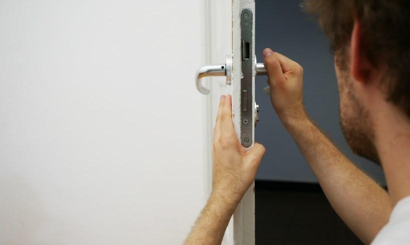 Que faire en cas de porte bloquée ?