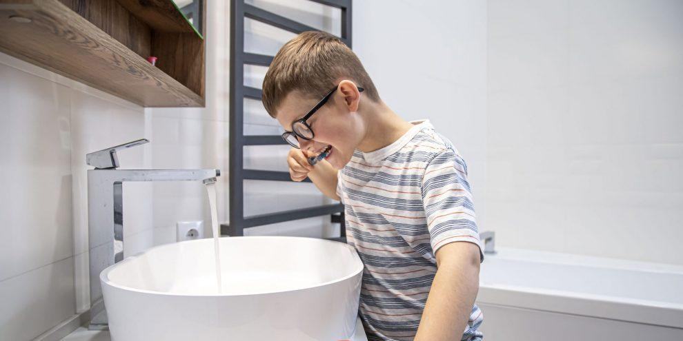 Comment éviter le déchaussement des dents : Nos conseils